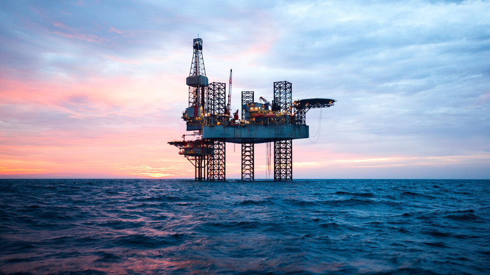 Oil rig. Technical