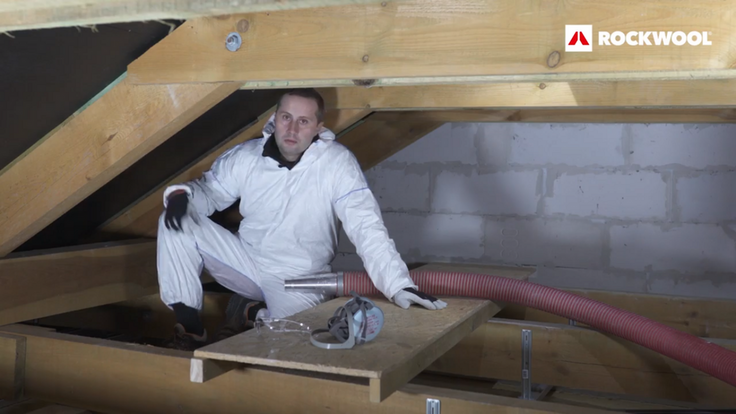 Maciej Stołpiak, Stolpiak, granulate, installation, attic