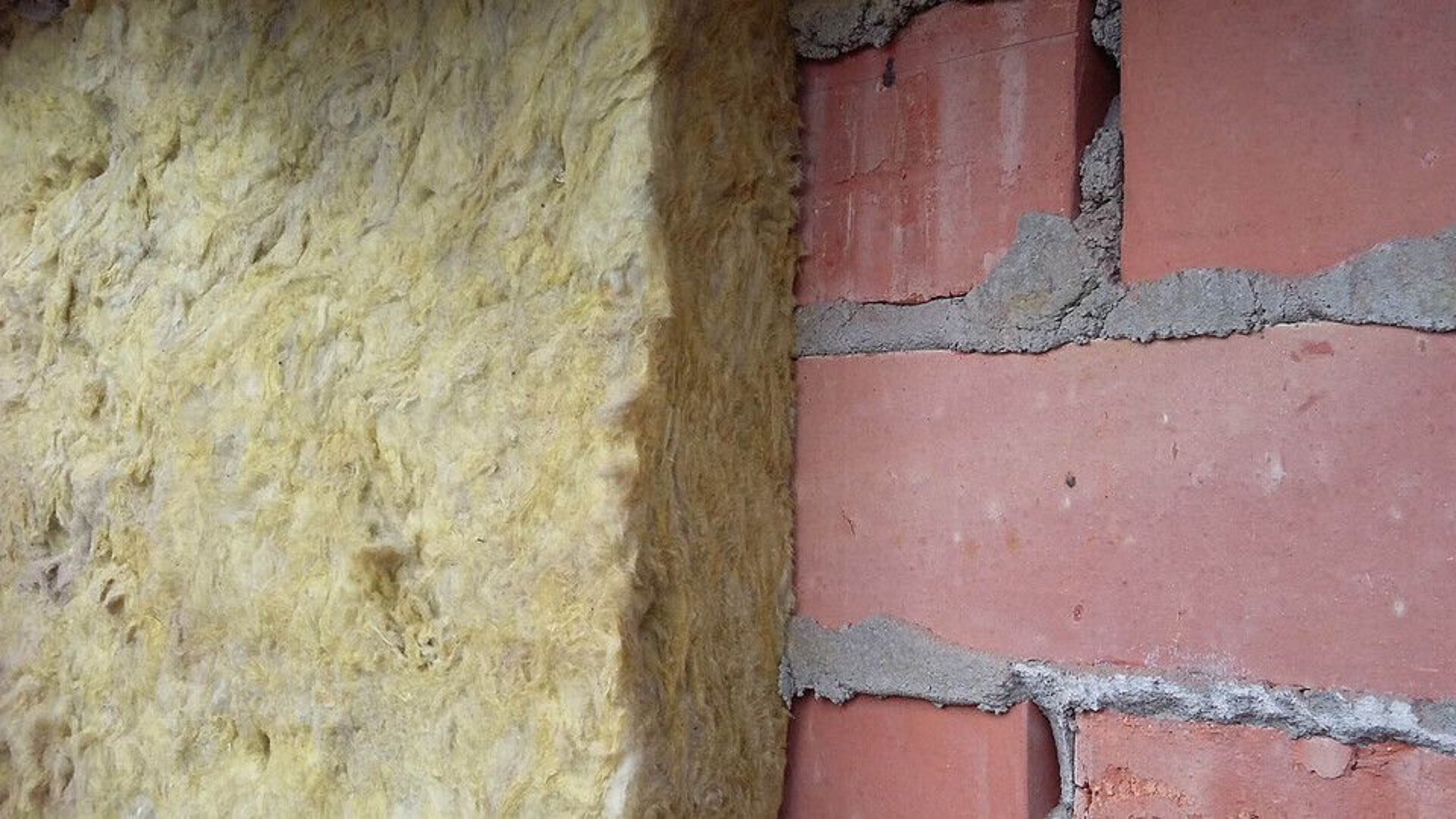 steenwol 35 jaar, spouwmuurisolatie, cavity wall insulation after 35 years