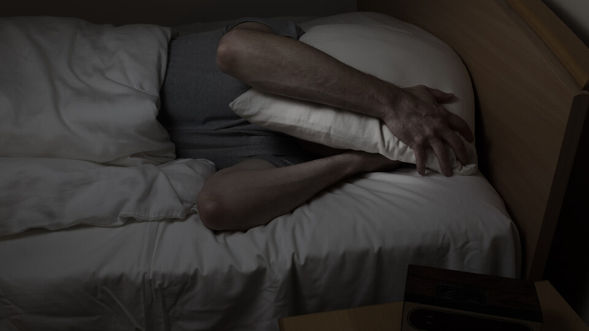 akoestiek, slapen, bed, geluidoverlast, sleeping, acoustics, noise, disturbance