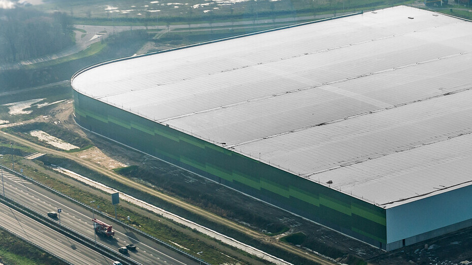 case, leeyen, distributiecentrum, a2, snelweg, groen, distribution centre, FRI