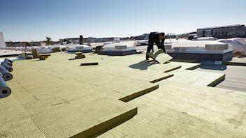 WILL BE DELETED SOON (safety issues)    flatroof, flat roof, insulation, georock 038, georock, installation, installer, broschüre dämmung von flachdächern, germany, RO-2018-0019