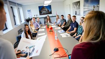 career, employee, employees, rockwool employees, trainee, job, meeting room, people, stellenanzeige, karriere, germany