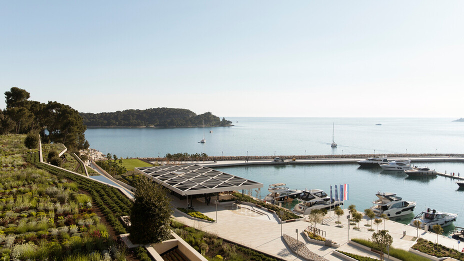 reference project Grand Park Hotel Rovinj, Croatia, roof, facade, ETICS, view