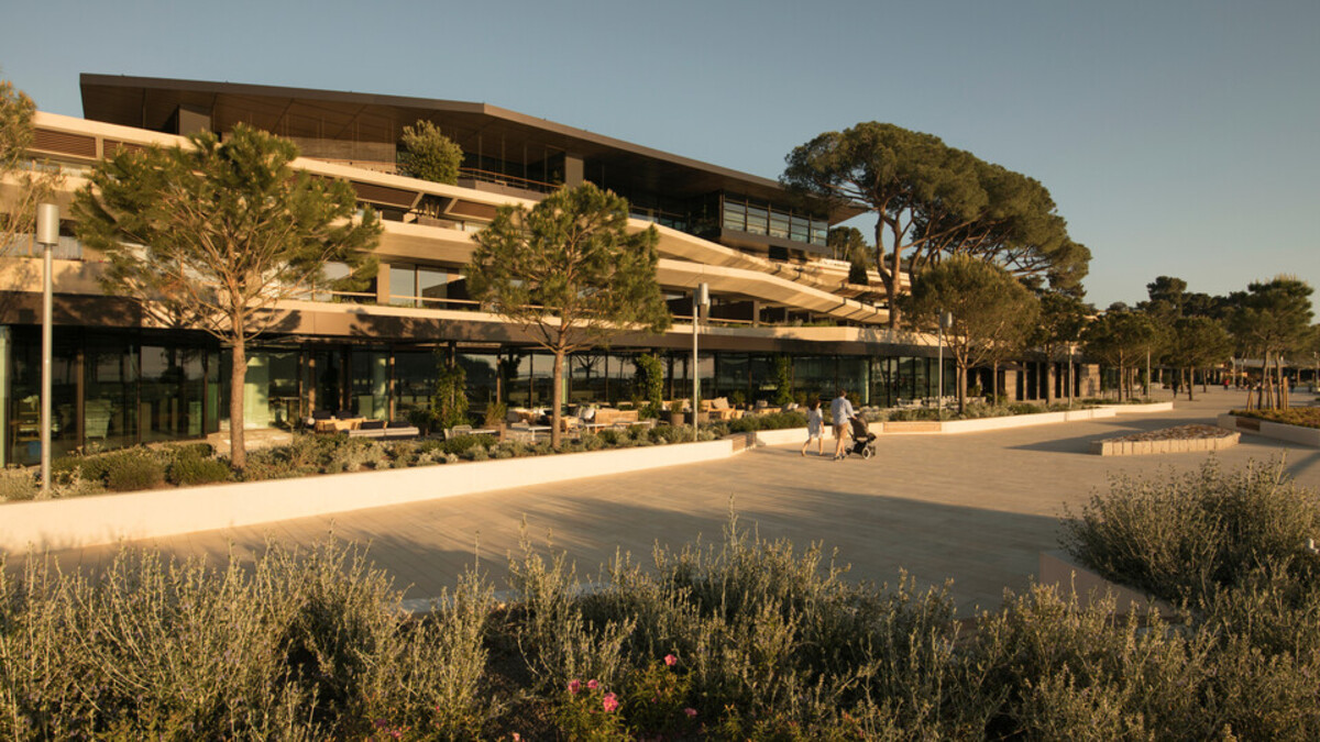 reference project Grand Park Hotel Rovinj, Croatia, roof, facade, ETICS