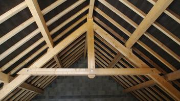 Pitched roof, attics, combles