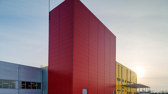 Industrial warehouses, Metalbox, SICUR, APICI, Pixelling