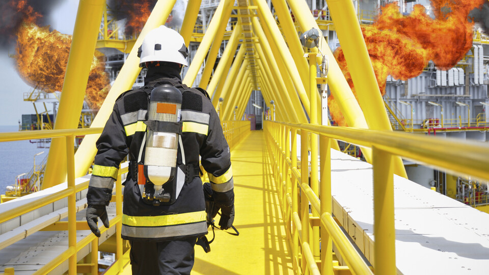 coatings, fireman, firefighter, walking, oil rig, fire, lapinus