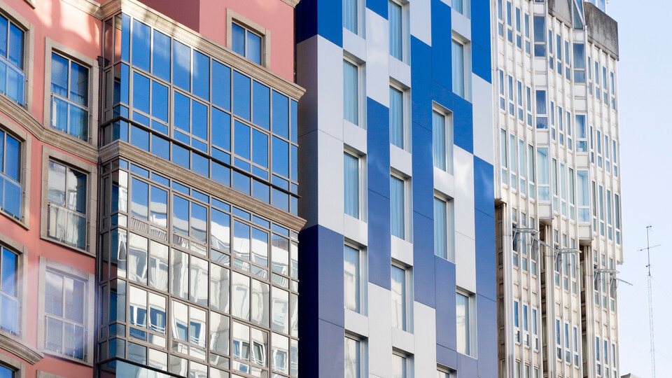 Hotel Blue Coruña in A Coruña, Spain cladded with Rockpanel Metallics facade cladding