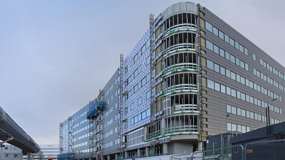 Crowne Plaza Hotel - Heathrow Airport Terminal 4 - RAINSCREEN DUO SLAB